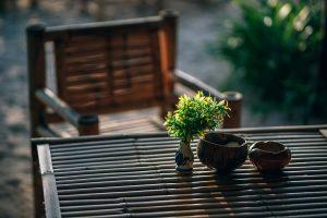 Stoel en tafel tuin